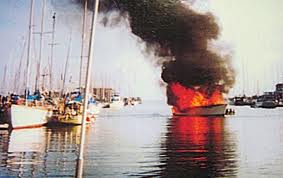 yacht on fire2